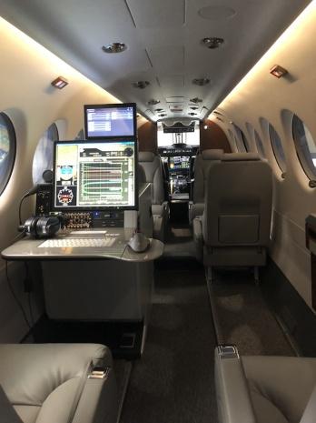 Beechcraft King Air 350 interiér ŘLP ČR