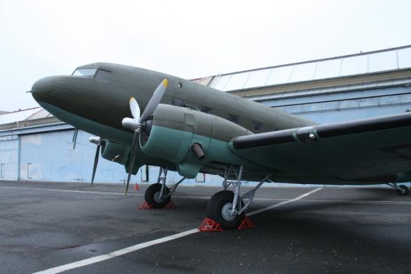 Douglas DC 3 VHÚ Praha