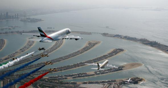 VÝROČNÍ FORMACE UAE