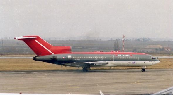 Boeing  B 727 Terrex LKPR