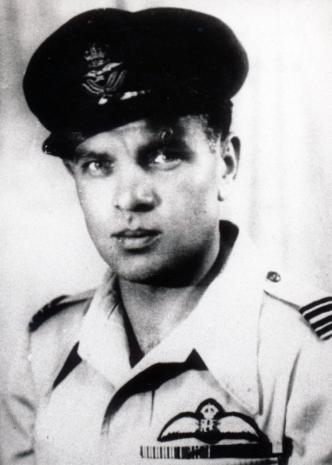 Jan Šerhant v uniformě RAF za války