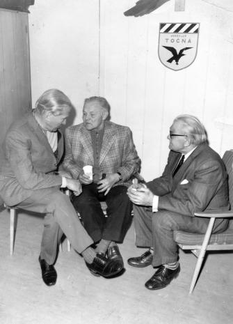 Uprostřed Jan Šerhant na letišto Točná v r 1975