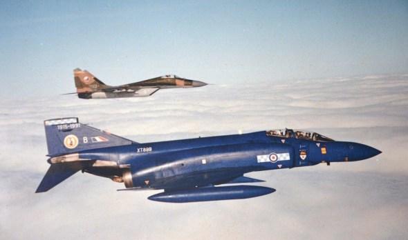 formation MiG 29 Czechoslovak Air Force a MD Phantom Royal Air Force