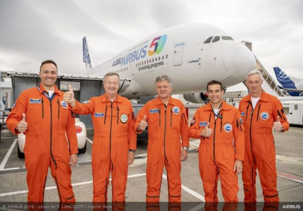 Airbus-50th-years-anniversary-formation-flight-A380-BelugaXL-boarding-007