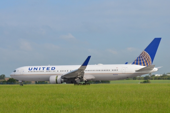 United Airlines Boeing 767-300ER