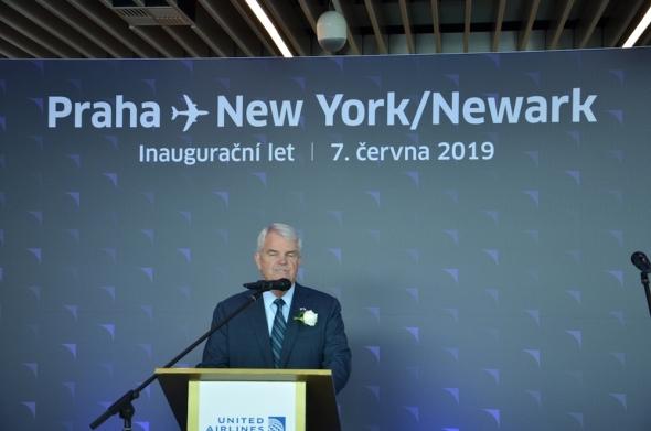 velvyslanec USA zahájení letu United Airlines 2019