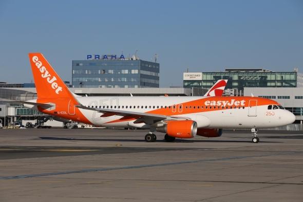 Airbus A320 easyjet letiště Praha