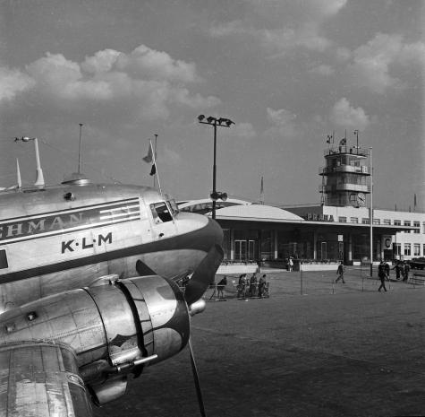 Douglas DC 3 KLM Prague 1947