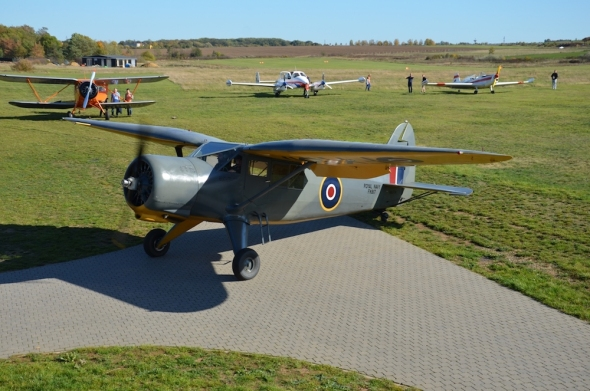 Stinson AT19B Reliant Mk III