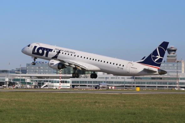 Prague Airport LOT Embraer E195