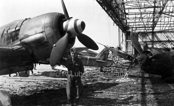 Focke Wulf Fw 190 hangár letiště Pardubice